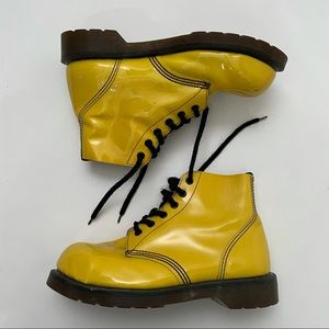 DR. MARTENS Vintage Yellow Patent leather 90s 1460